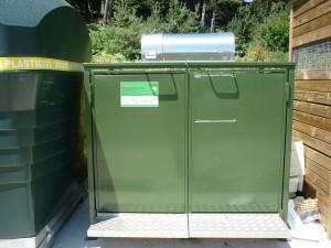 Container-à-accès-control