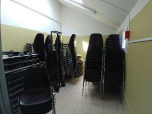 Salle du Bru 9 TABLES et CHAISES